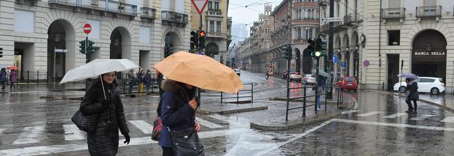 Meteo, arriva il picco di alta pressione: piogge nel weekend, sole per Ognissanti