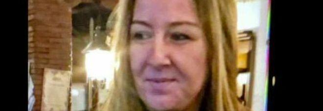 Donna trovata morta in un lago di sangue con una ferita alla testa: ricercato un marocchino