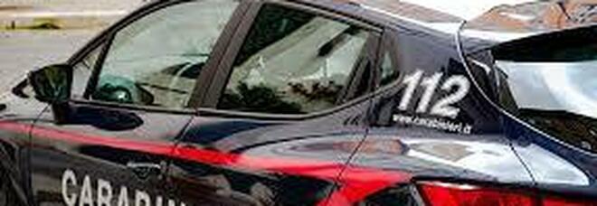 Frosinone, rissa in un bar allo Scalo: due arresti. Nel parapiglia feriti i carabinieri e danneggiata un'auto dell'Arma