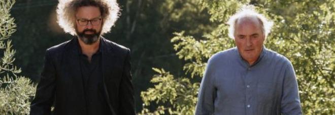 """Le poche cose che contano con Simone Cristicchi e don Luigi Verdi su Tv2000 -  IL VIDEO DELLA CANZONE """"Dalle Tenebre alla Luce"""""""