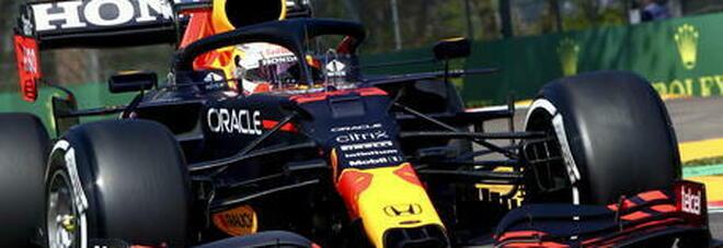 Formula 1, le pagelle: colpo Verstappen, Hamilton in chiaroscuro. Bene le Ferrari, ma è la pioggia a regalare spettacolo