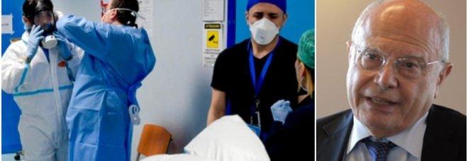 Galli: «Meno contagi, ma preoccupa assenza di strategia sull'influenza. Terza dose? Nessuna certezza che funzioni»