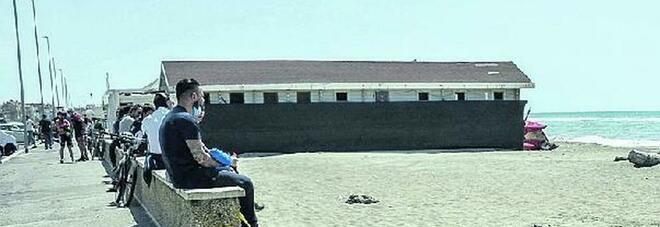 Roma, spiagge: l'ordinanza della Raggi. I lidi riaprono dal 15 maggio. Tutte le regole