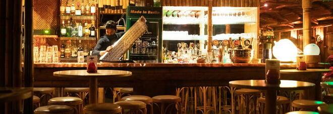 Covid, i pub in Galles da venerdì chiudono alle 18 per l'allarme covid