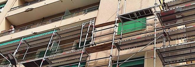 Genova, cade da un'impalcatura: morto un operaio di 54 anni