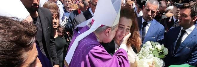 «Essere moglie di carabiniere»: la lettera tutta d'un fiato di Maria Rosa per il suo Mario, la stessa del loro matrimonio