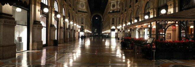 Lombardia, i centri commerciali restano aperti malgrado il coprifuoco