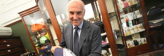 «Marinella» vende cravatte e sciarpe nonostante i divieti in zona rossa: in negozio chiuso per 5 giorni