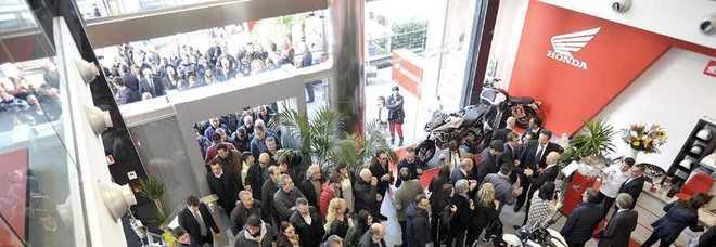 Inaugurata La Concessionaria Moto Più Grande Ditalia Boom A Roma