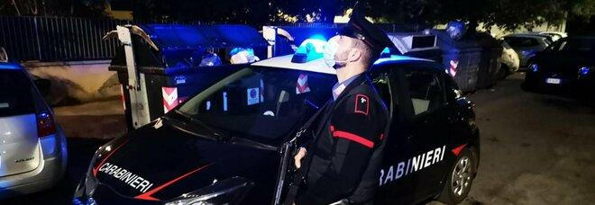 Covid, festa in casa con 11 amici. I vicini chiamano i carabinieri e scatta la multa di 5.280 euro