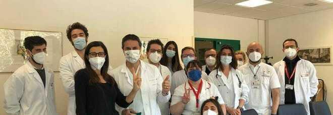 Laura Boldrini lascia l'ospedale: «I giorni più difficili della mia vita, ne esco trasformata»