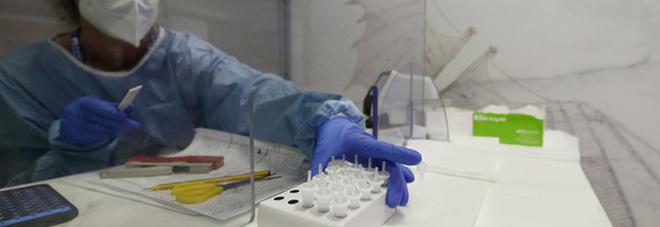 Coronavirus nel Lazio, il bollettino di oggi sabato 5 dicembre: 1783 casi, 32 decessi. A Roma meno di mille casi, ma calano i tamponi