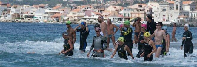 Swim for Parkinson, torna la traversata dello stretto di Messina che ispira milioni di malati