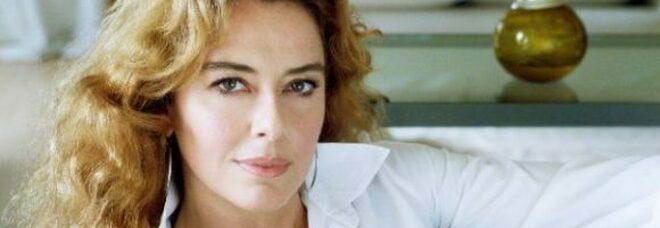 Monica Guerritore, l'appello al governo: «La Rai adesso salvi il teatro. Meglio in tv che chiuso per sempre»