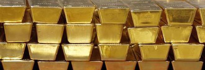Valigetta con tre chili d'oro dimenticata in treno: vale 170mila euro, ma nessuno la reclama