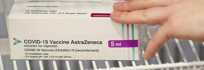 Vaccino AstraZeneca: «La seconda dose va somministrata dopo 10-12 settimane, non prima»