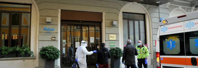 Covid hotel quasi saturi a Milano. L'Ats: «Pronti con nuove strutture per l'isolamento»