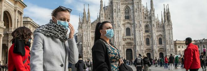 Calano i contagi, la Regione Lombardia verso allentamento misure: «Forse zona arancione già sabato»