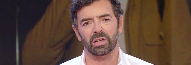 Alberto Matano, l'annuncio commosso a Vita in Diretta: «Ero indeciso se raccontarvelo o meno, mi ha toccato molto...»