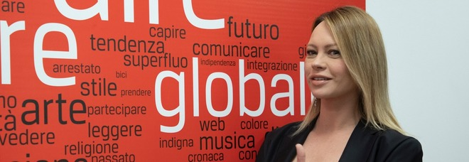 Sanremo, Anna Falchi difende Amadeus: «Non ha sbagliato, quelle frasi non erano sessiste»