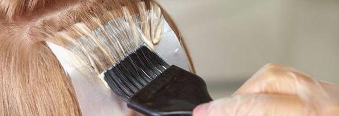 Tinte per capelli e cosmetici a rischio senza ammoniaca for Tinte per capelli non nocive