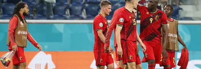 Il Belgio ribalta la Danimarca e vola agli ottavi: rimonta firmata da T. Hazard e De Bruyne. Al 10' l'omaggio a Eriksen