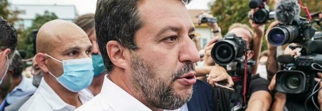 Salvini: «No al Mes, preferisco chiedere soldi ai risparmiatori italiani»