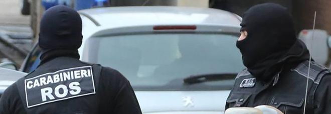 Spionaggio, arrestato militare italiano: sorpreso a cedere documenti segreti ai russi. Di Maio: «Grave atto ostile»