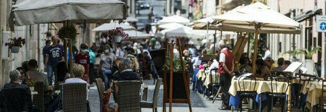 Lazio, contagi in aumento: oggi 854 casi (a Roma 544) e un morto