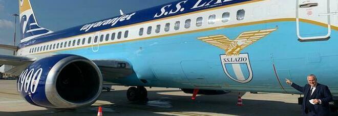 Lazio, decolla il nuovo aereo di Lotito: ok il primo volo verso Crotone VIDEO
