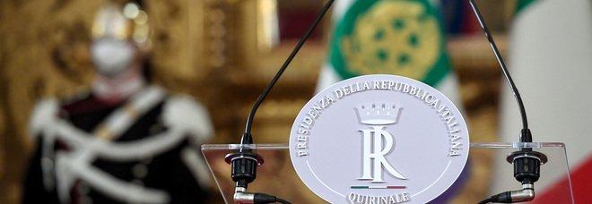 Crisi di Governo, il senatore Vitali lascia Forza Italia. Il M5S attacca Renzi: «Non gli interessano le sorti del Paese»
