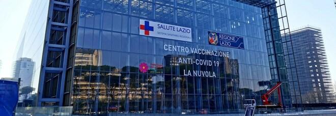Roma, la Nuvola diventa un centro di vaccinazione: l'inaugurazione con Zingaretti e D'Amato