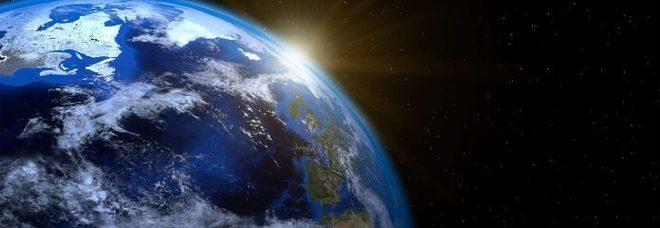 """Terra """"Gemella"""": scoperto un pianeta simile al nostro. Nel team di studiosi anche due italiani. Ed ora si cerca """"vita""""."""