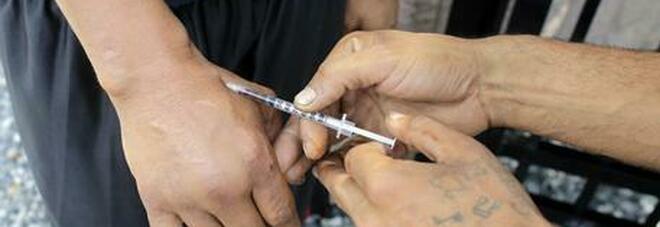 Morti di overdose due ragazzi, di cui uno minorenne. Si indaga anche su un terzo decesso