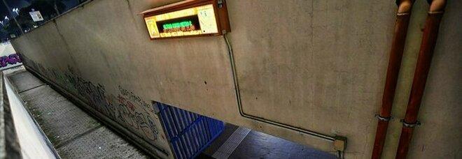 Roma, ragazza investita dal treno della metro a Arco di Travertino: è gravissima