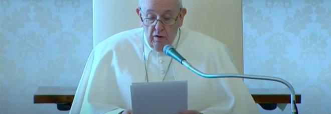 Papa Francesco il primo a vaccinarsi in Vaticano: arrivate le dosi Pfizer