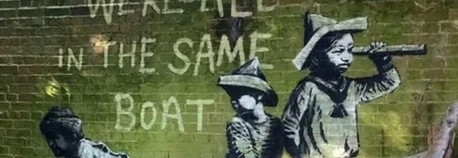 Banksy e le opere apparse nelle città di mare: un video per rivendicare i nuovi graffiti