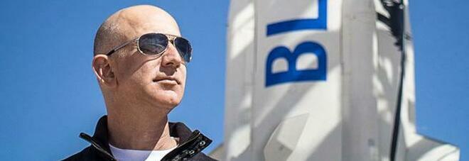 Bezos, primo turista in orbita a bordo della sua navicella