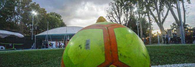 Chivasso, multa all'oratorio per una partita di pallone. Il parroco si oppone: «Qui il dpcm non vale»