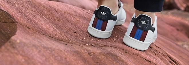new concept 4057b efa86 Adidas e Stella McCartney lanciano le prime Stan Smith ...
