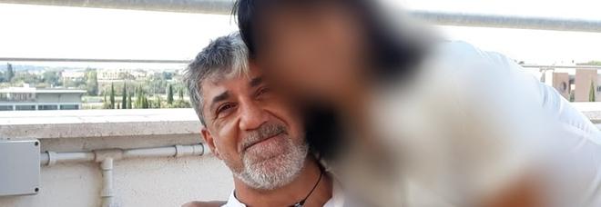 Finanziere morto in casa con la compagna: «L'ha uccisa e si è sparato». Sconvolti da problemi economici