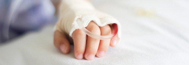 Grace, 18 mesi, è la prima bambina nel Regno Unito ad avere una pompa cardiaca portatile in attesa di un trapianto