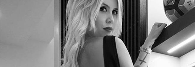 Wanda Nara infiamma i social: super sexy in total black - LA FOTO