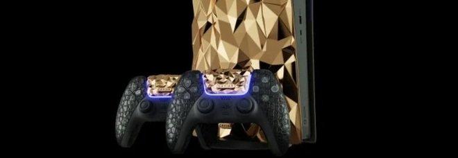 PlayStation 5 ricoperta d'oro 18 carati, pesa 20 chili e il prezzo è una follia