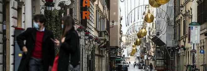 Italia arancione anche oggi. Spostamenti e negozi: ecco cosa si può fare e cosa no