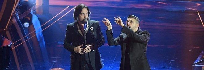 Prima serata Sanremo 2020, la cronaca: vincono Le Vibrazioni, ultimi Bugo e Morgan