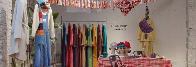 A Milano il Natale è (anche) una sciarpa d'amore: da Clan Upstairs Base l'iniziativa per Gomitolorosa