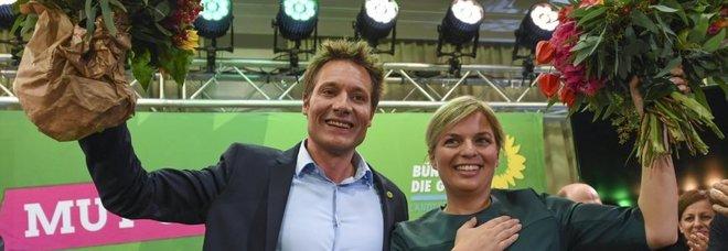Baviera, crollano gli alleati di Merkel Tonfo Spd, boom dei Verdi al 19% AfD arriva all'11%