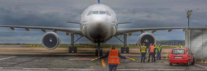 Fulmini vicino all'aeroporto? Ecco come funziona il piano sicurezza