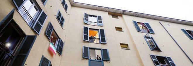 Cosa fare e come comportarsi se nel condominio c'è un positivo al Covid: dalla sanificazione all'isolamento